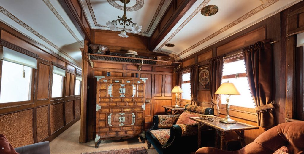 Victorian 1st Class Railway Carriage